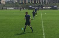 Dariusz Zjawiński na treningu piłkarzy Arki Gdynia