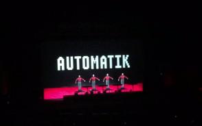 Roboty na scenie. The robots Kraftwerk