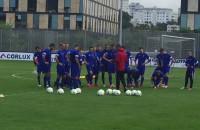 Piłkarze Arki Gdynia przed meczem z Zagłębiem Lubin
