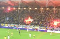 Płonące flagi Lechii
