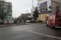 Próbny alarm przeciwpożarowy przy komendzie policji