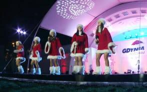 Św. Mikołaj, fajerwerki i świąteczne iluminacje w Gdyni 2016 r.