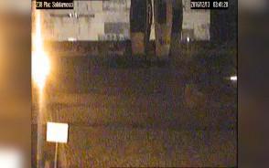 Zapis monitoringu z nocy, w której pomalowano Pomnik Poległych Stoczniowców