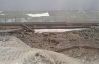 Zniszczone nabrzeże na Westerplatte