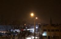 Zaczyna padać śnieg i mocno wieje
