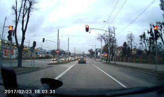 Przejechał rozpędzony na czerwonym świetle w Orłowie