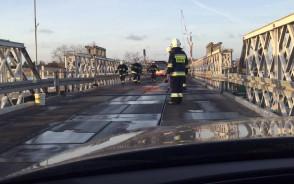Utrudnienia na moście w Sobieszewie