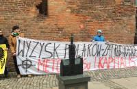 Pikieta przeciwko zatrudnianiu w Polsce Ukraińców