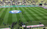 Kibice witają piłkarzy Lechii przed meczem