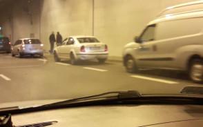 Stłuczka w tunelu