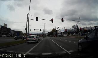 Czerwone światło mnie nie obowiązuje ...