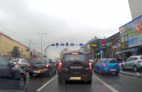 Kierowca GAiT blokuje skrzyżowanie