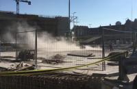 Tumany pyłu na budowie Forum Gdańsk