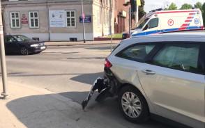 Wypadek na ul. Toruńskiej, na miejscu straż i karetka
