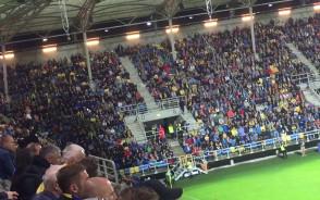 Meksykańska fala na stadionie w Gdyni