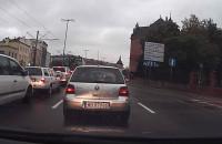 Agresywny Kierowca zaatakował innego kierowcę przy Hucisku w Gdańsku