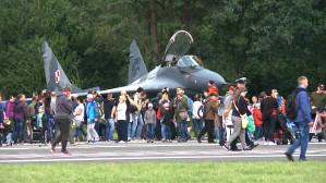 Myśliwce i śmigłowce na pokazach lotniczych