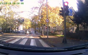 Rowerzysta przejechał na czerwonym świetle