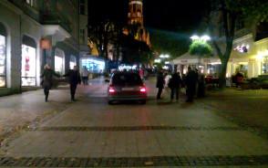 Samochód wjechał na Monciak