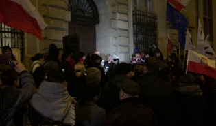 Manifestacja pod sądem okręgowym w Gdańsku