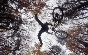 Akrobacje rowerowe - Dirt jumping