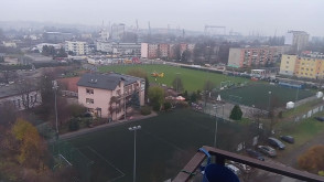 Śmigłowiec Lotniczego Pogotowia Ratunkowego lądował na stadionie Checzy w Gdyni