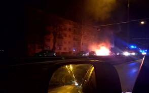 Płonący samochód na ul.Morskiej