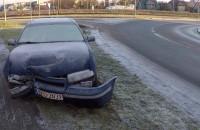 Skutki wypadku na śliskiej nawierzchni