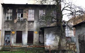 Stary opuszczony budynek na Dolnym Mieście