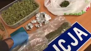 Policja przechwyciła 1,5 kg narkotyków