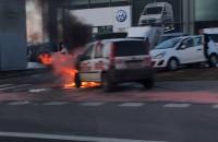 Płonie Fiat Panda Gdynia Cisowa !