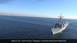 Ćwiczenia okrętów widziane ze śmigłowca