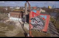 Wyburzanie komina starej Fabryki Chleba