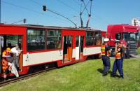 Zderzenie tramwaju z ciężarówką na Jana z Kolna w Gdańsku