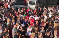 Kibice w 100czni oglądają mecz Polski z Senegalem