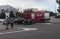 Skutki kolizji na skrzyżowaniu na Witominie