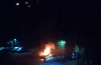 Pali się auto na Brodwinie