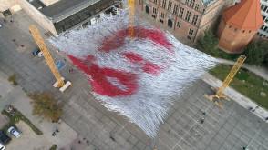 Wyjątkowa instalacja na Targu Węglowym