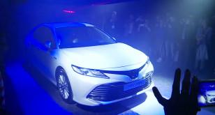 Gwiazdorski debiut Toyoty Camry