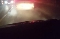 Dymiące auto - truciciel