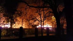 Nocny pożar warsztatów na ul. Wyspiańskiego we Wrzeszczu
