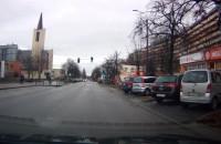 Rowerzysta przejeżdża przez przejście i jeszcze ma pretensje