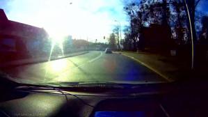 """""""L-ka"""" przejeżdża na czerwonym świetle"""