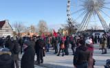 Około 500 osób śledzi uroczystości pogrzebowe na Ołowiance