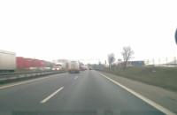 Popsuta ciężarówką na obwodnicy