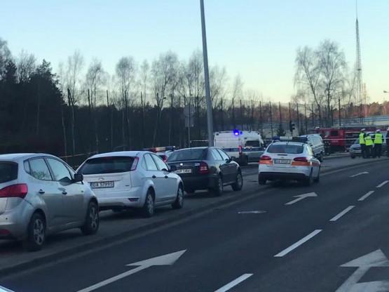 Ulica Chwarznieńska zablokowana po wypadku