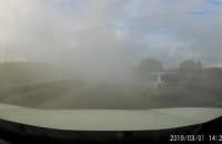Mocno zadymiona ciężarówka