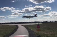 Lądowanie samolotu A320 CS300 z Zurichu