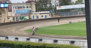 Paweł Hlib jedzie na jednym kole