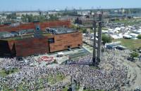 Hymn Polski i podpisanie Deklaracji Wolności i Solidarności przy ECS